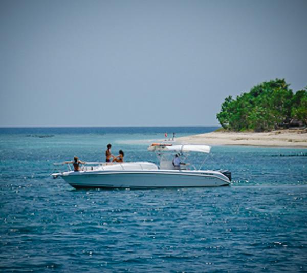 Al Dhaen power boat Bali