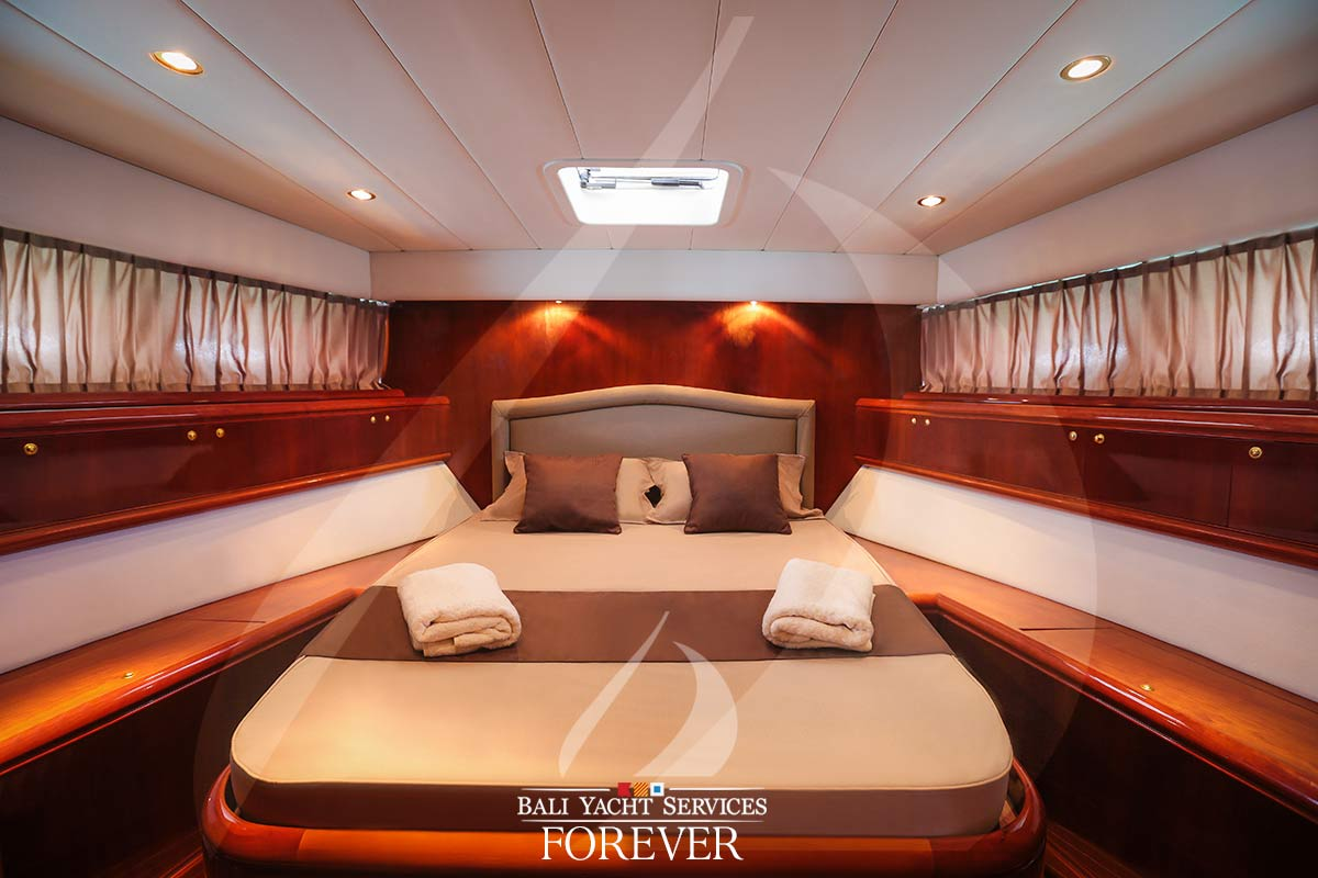 Luxury Yacht Interior photo, Rizzardi Yacht